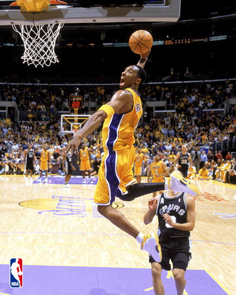 Kobe Bryant dunk picture